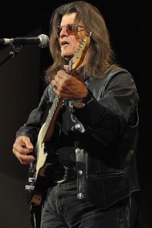 Danny Brooks performing